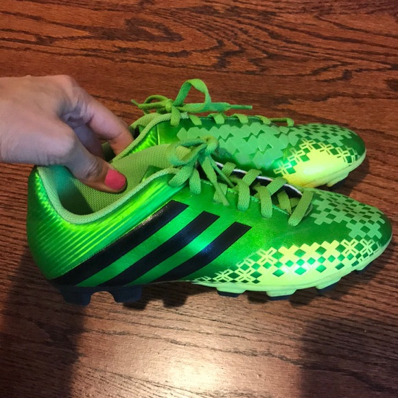 Boys Adidas Soccer Cleats Green Size 5